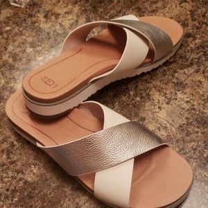 Ugg Silver and White Sandal